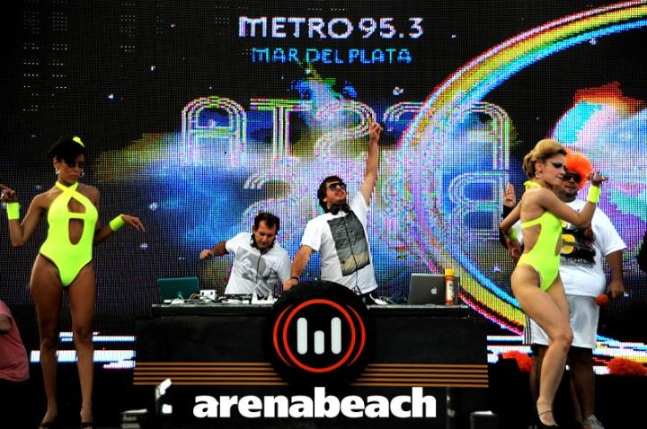 VJ Arenabeach